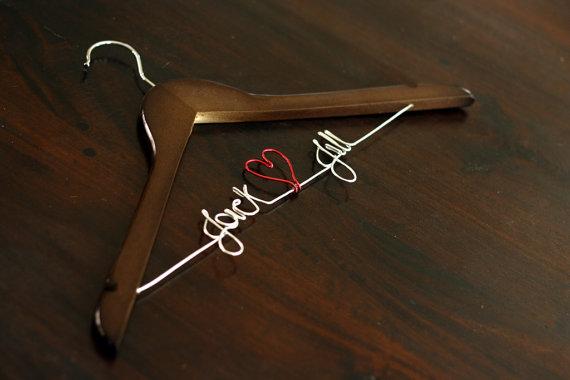 mrs to be, wedding hangers, hangers
