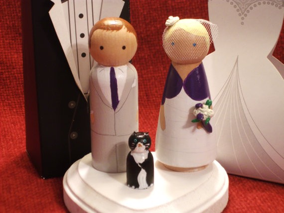 cutest cake toppers, cake toppers, wedding cake, wedding cake toppers