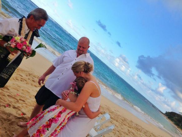 hawaii wedding, oahu wedding, kokololio beach, kokololio beach wedding, jana and luke, best day ever hawaii, destination wedding