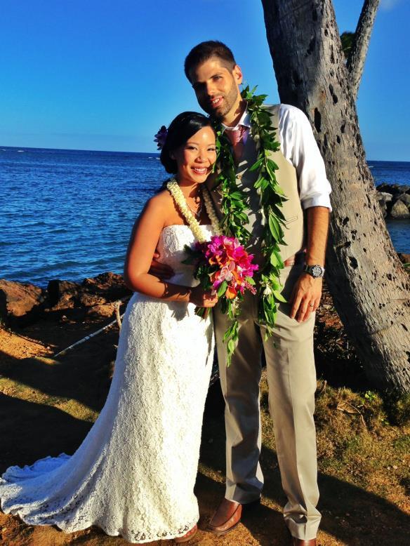 best day ever hawaii, hawaii wedding, oahu wedding, hawaii beach wedding, oahu beach wedding, kahala beach, kahala beach wedding, aaron and monica