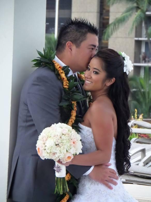 hawaii wedding, oahu wedding, Shauna and Sean, Shauna and Sean's Best Day Ever, Shauna's Hawaii Wedding, Waikiki Beach Marriott Wedding